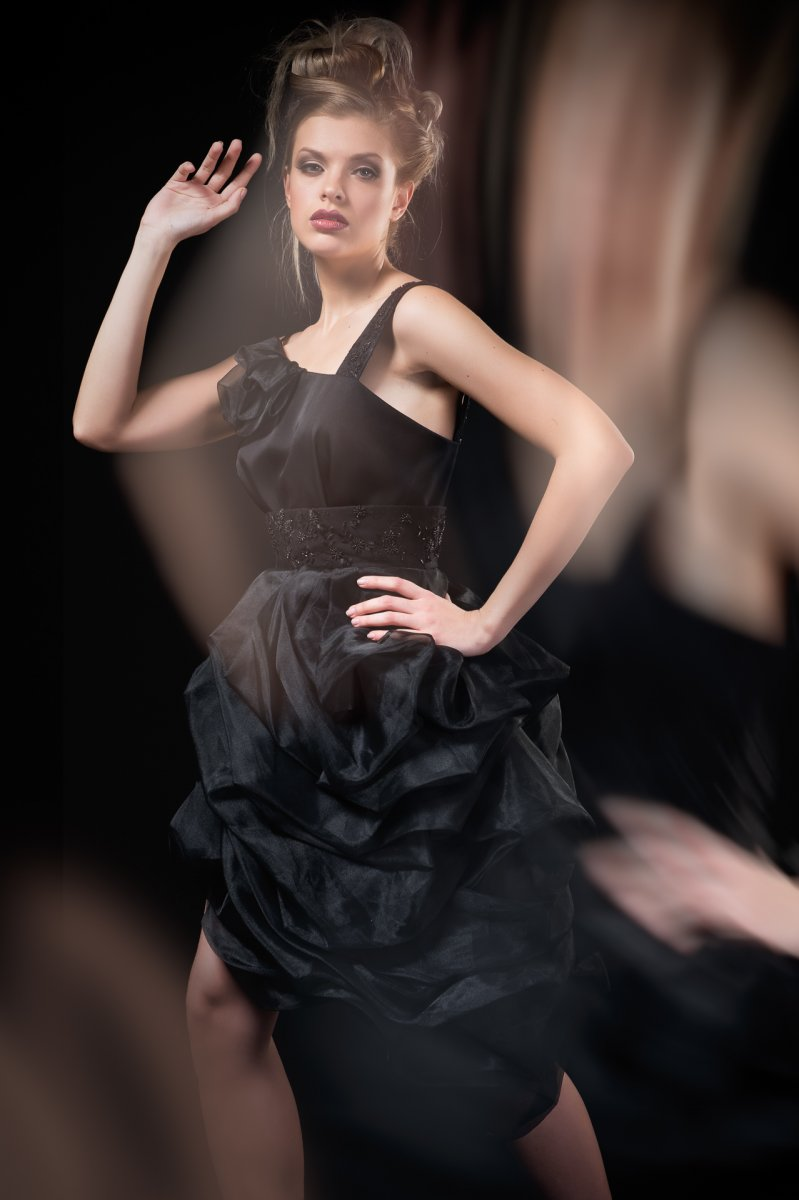 102-Georgina-Hobor Fashion/Adv