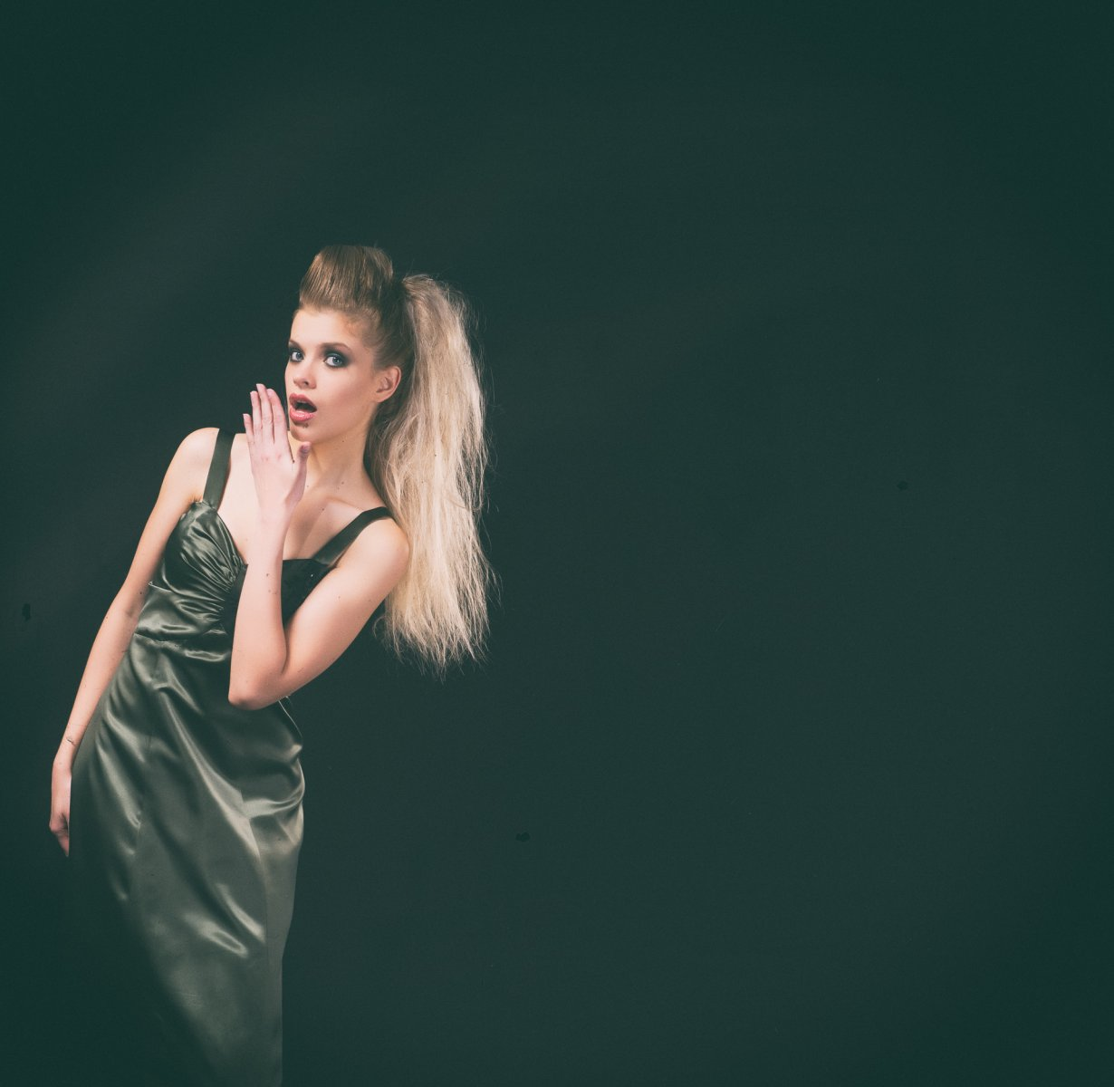 108-Georgina-Hobor Fashion/Adv