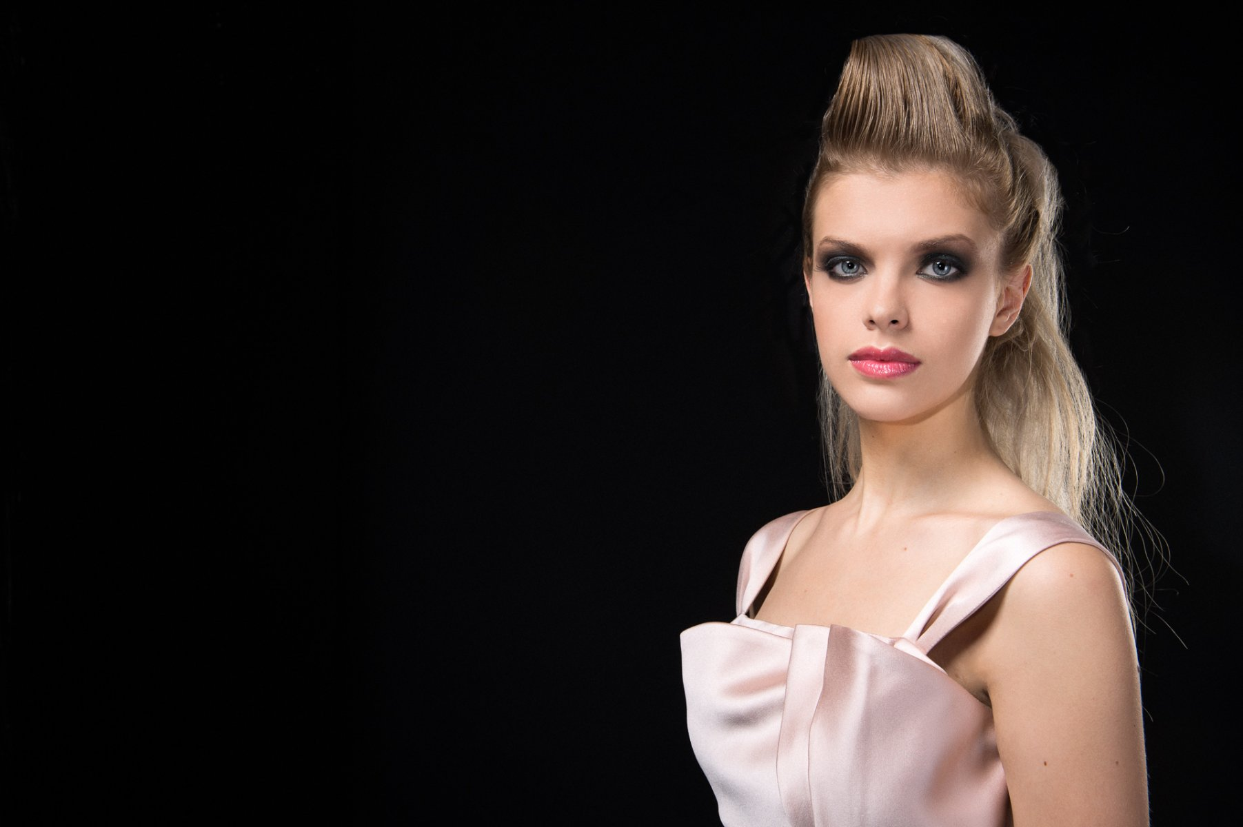 111-Georgina-Hobor Fashion/Adv