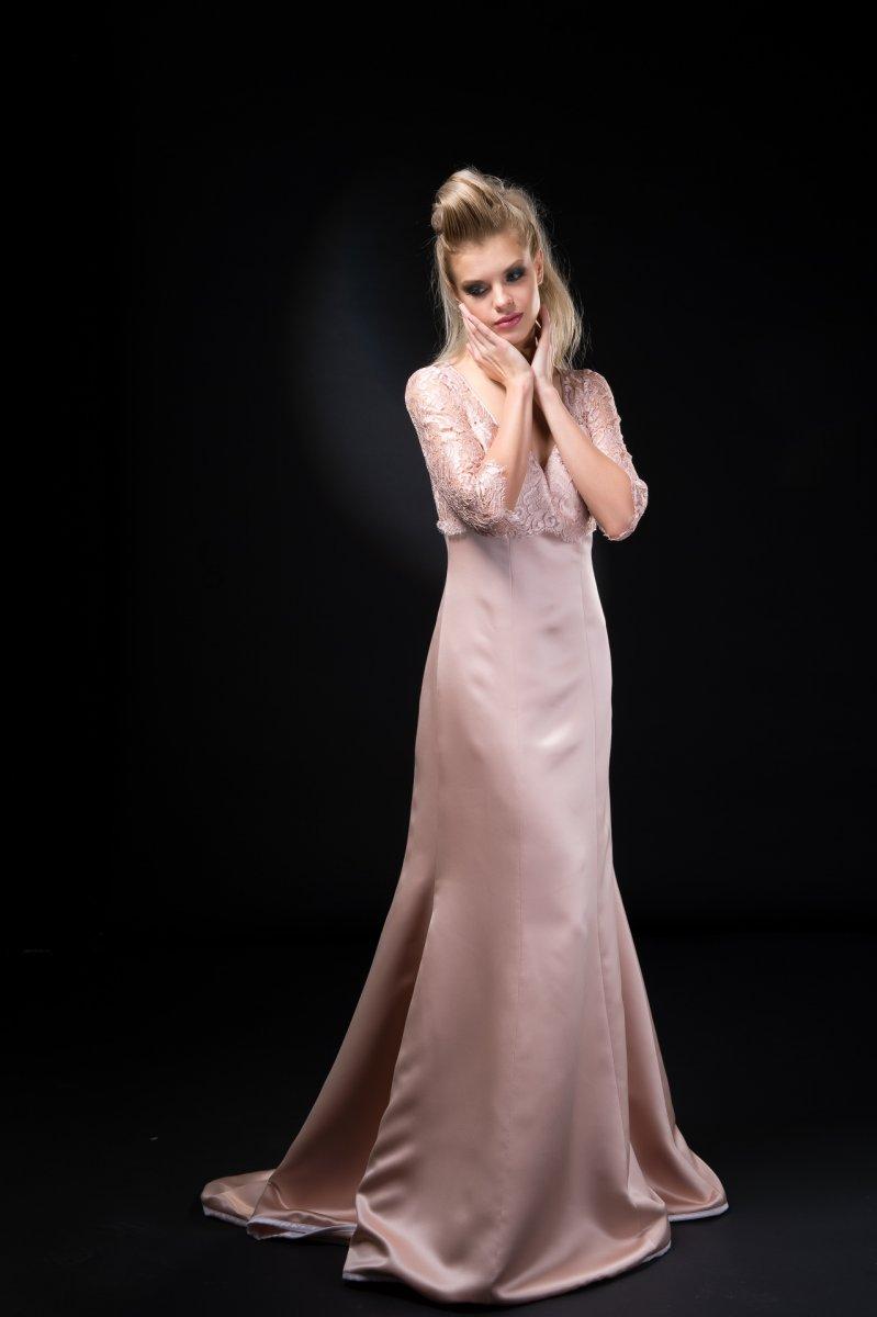 112-Georgina-Hobor Fashion/Adv