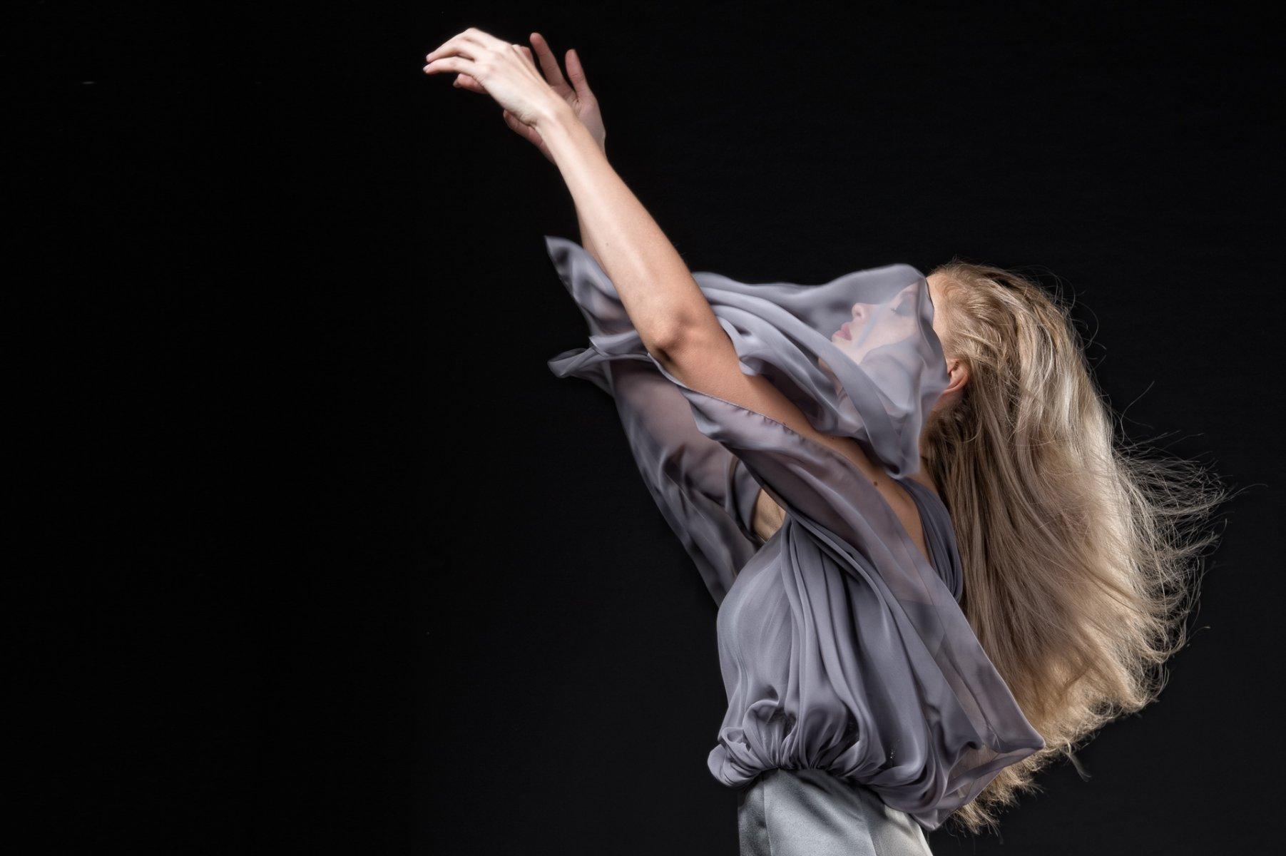 115-Georgina-Hobor Fashion/Adv