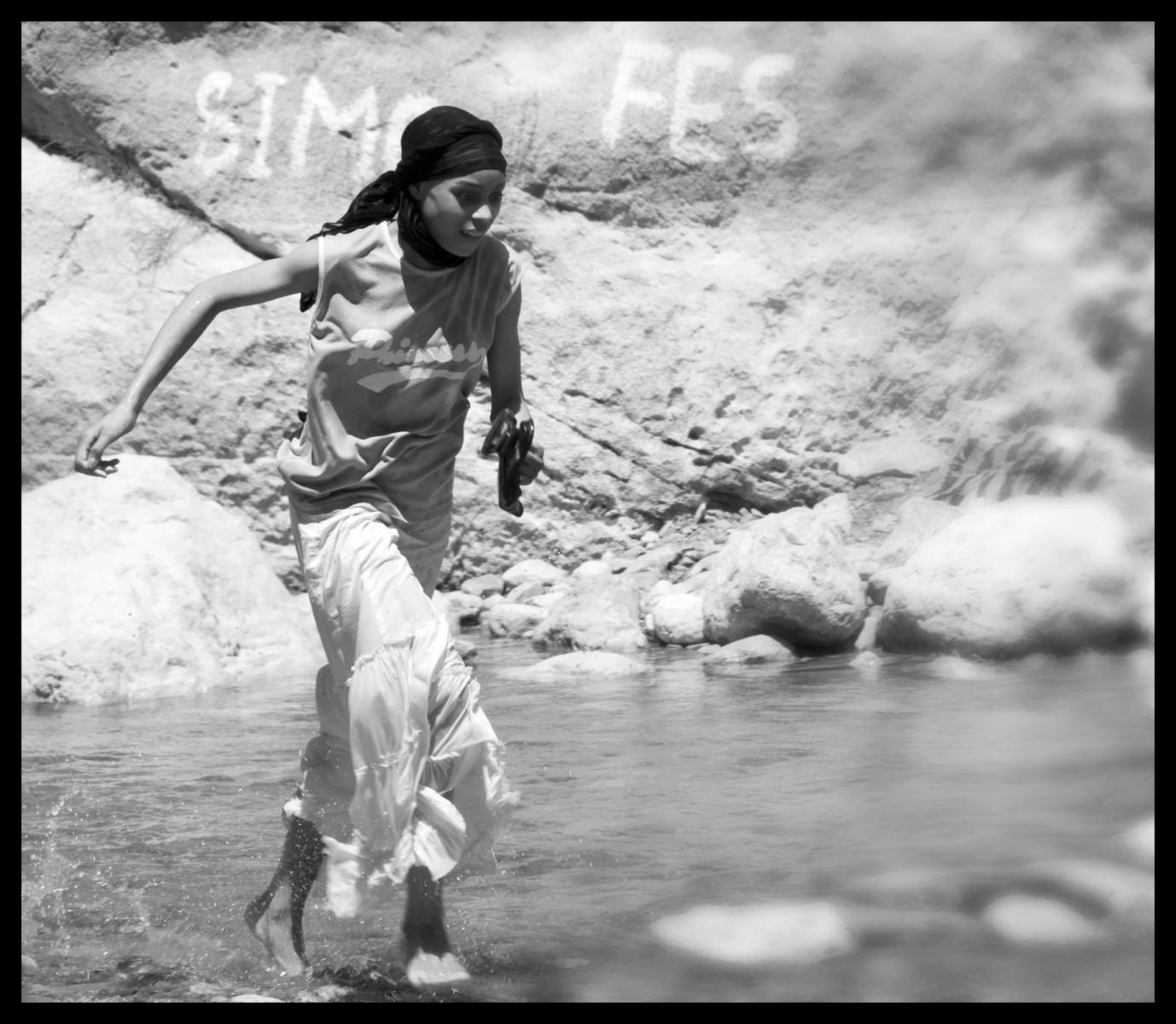 103618_DSC0078-water-play-1 Storie di Luce