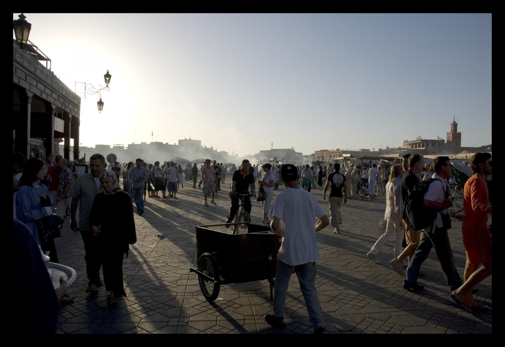 89014_DSC0148-jamal-el-fna-sunset Storie di Luce