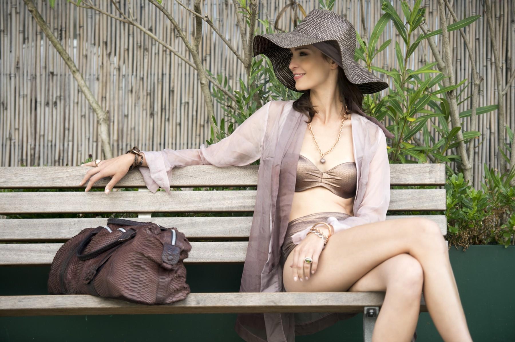 MOD1501 Fashion/Adv