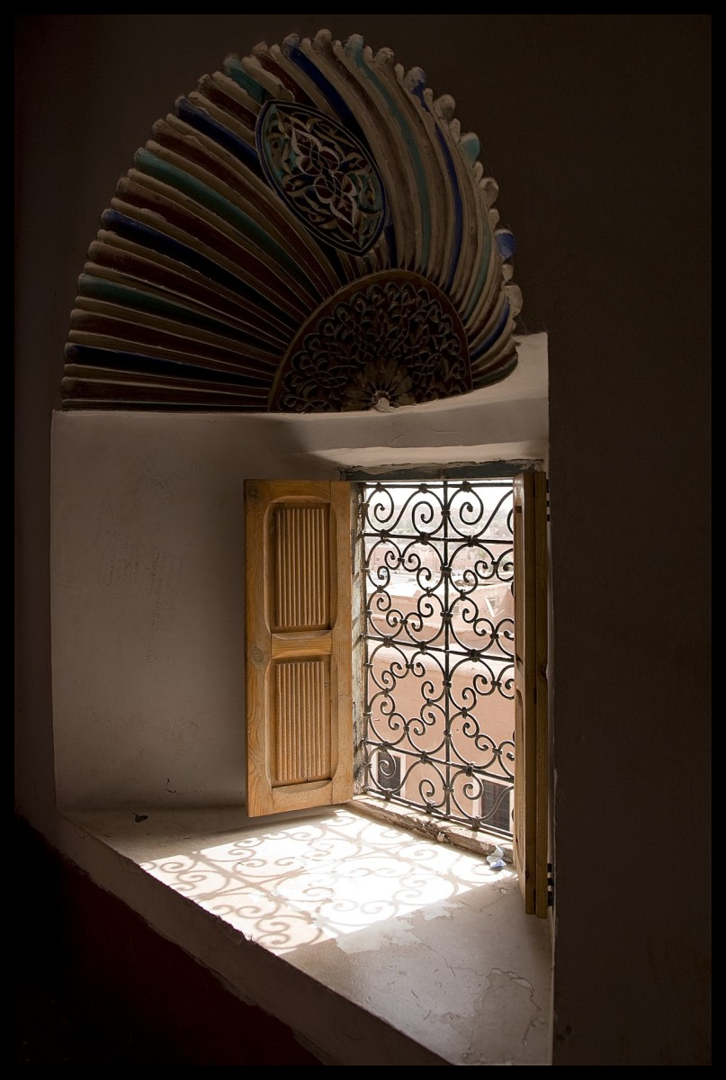 106919_DSC0019 kasbah window