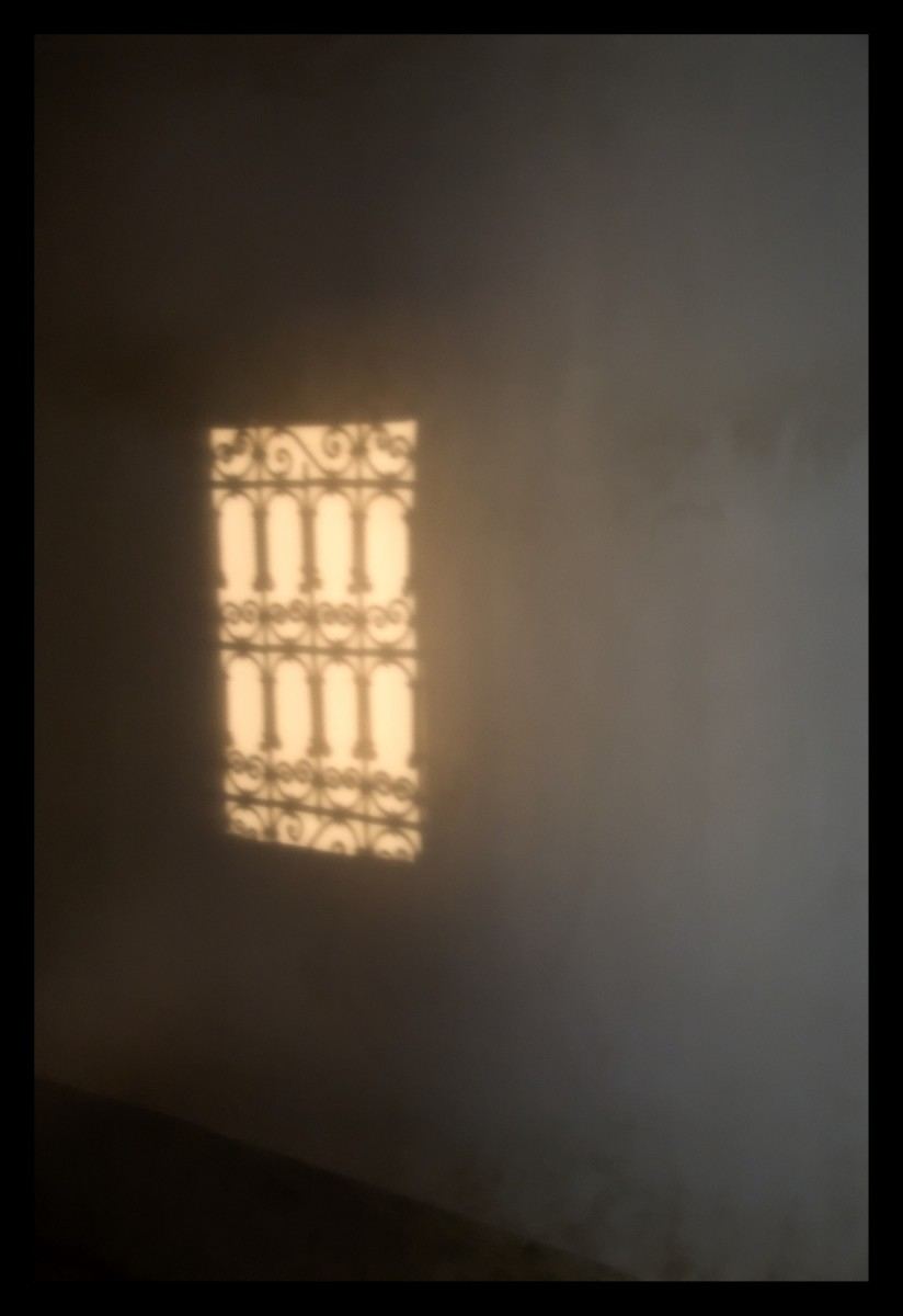 86314_DSC0025 ghost window