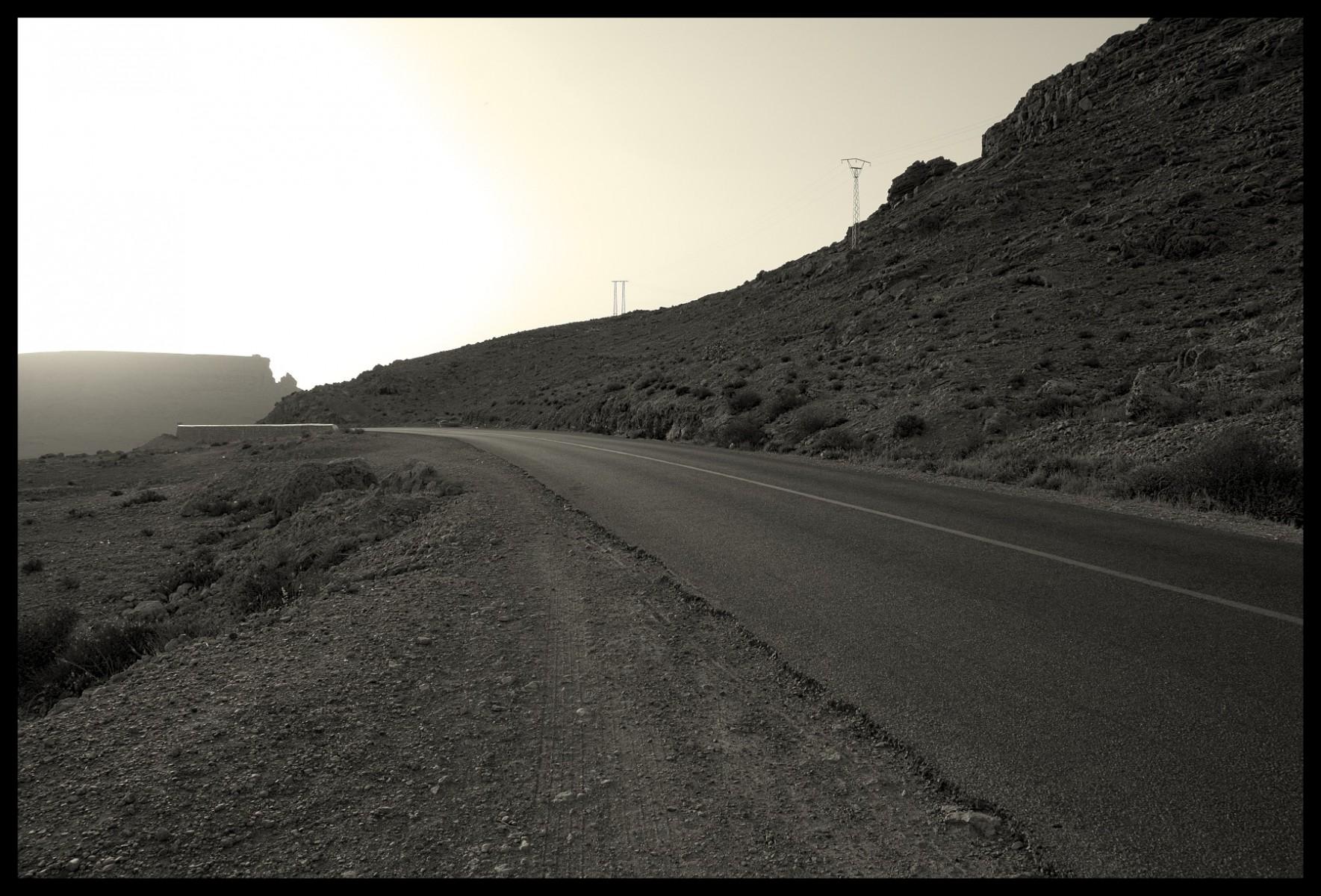 99017_DSC0120 road
