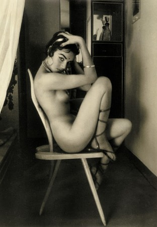 Carlo-Mollino-312x450 Una novità: le foto analogiche di Donne Nude.
